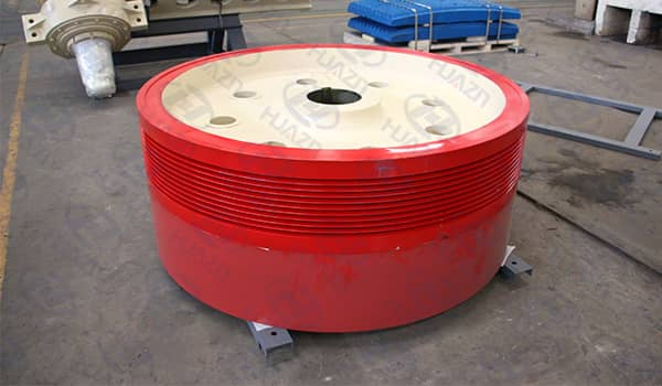 jaw crusher flywheel