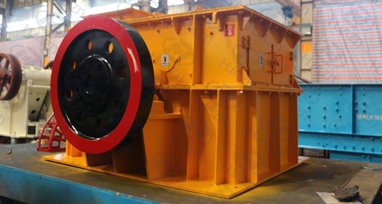 difference between hammer crusher
