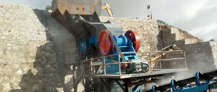 jaw crusher customer site