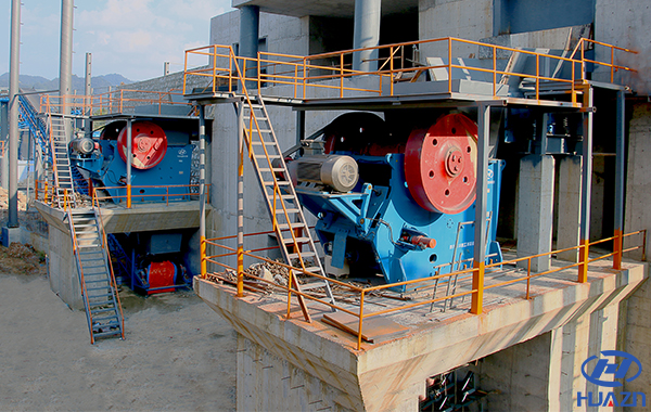 jaw crusher at sand production line