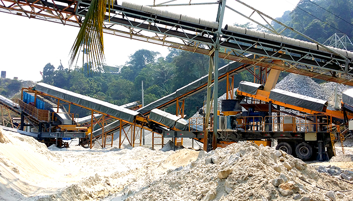 cost effective price mobile crushing plant station